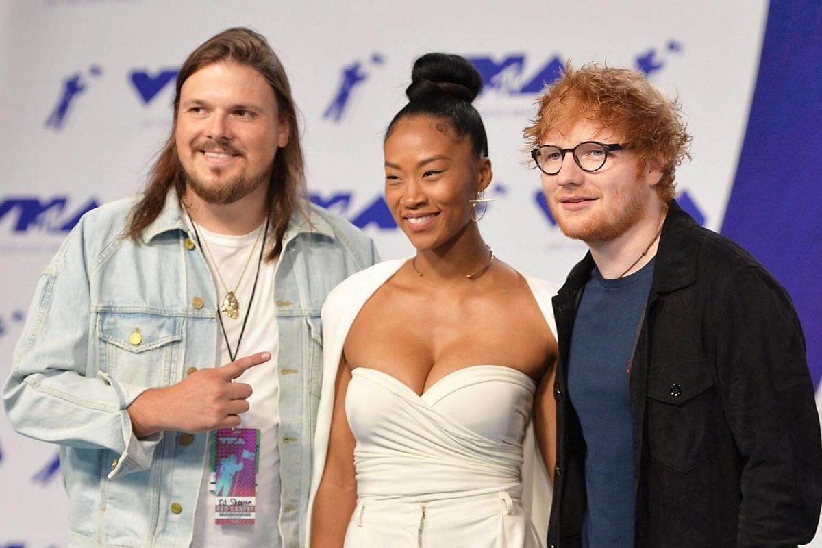 Jennie Pegouskie (centre) and Ed Sheeran (right) at the 2017 MTV Video Music Awards on Aug 27, 2017.