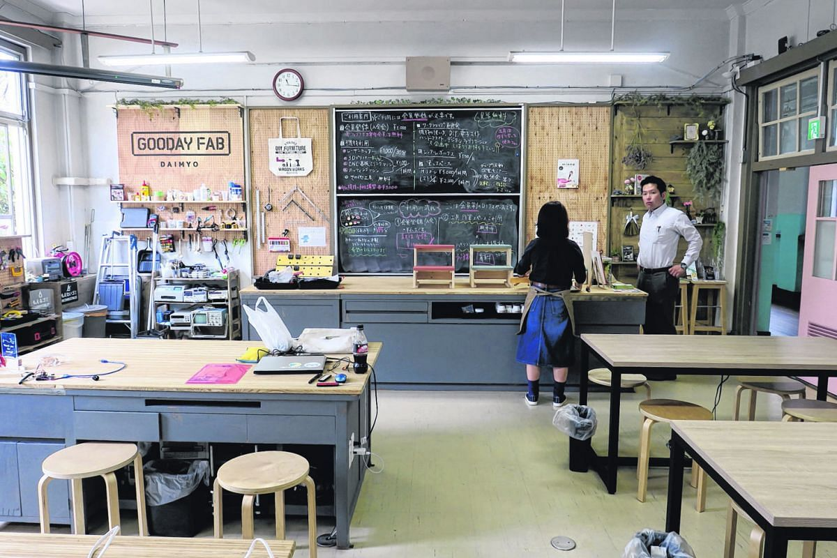 The Gooday Fab Daimyo lab, also housed within the Fukuoka Growth Next facility, has equipment like 3D printers and acrylic cutter machines for any start-up business or artist to make prototypes.