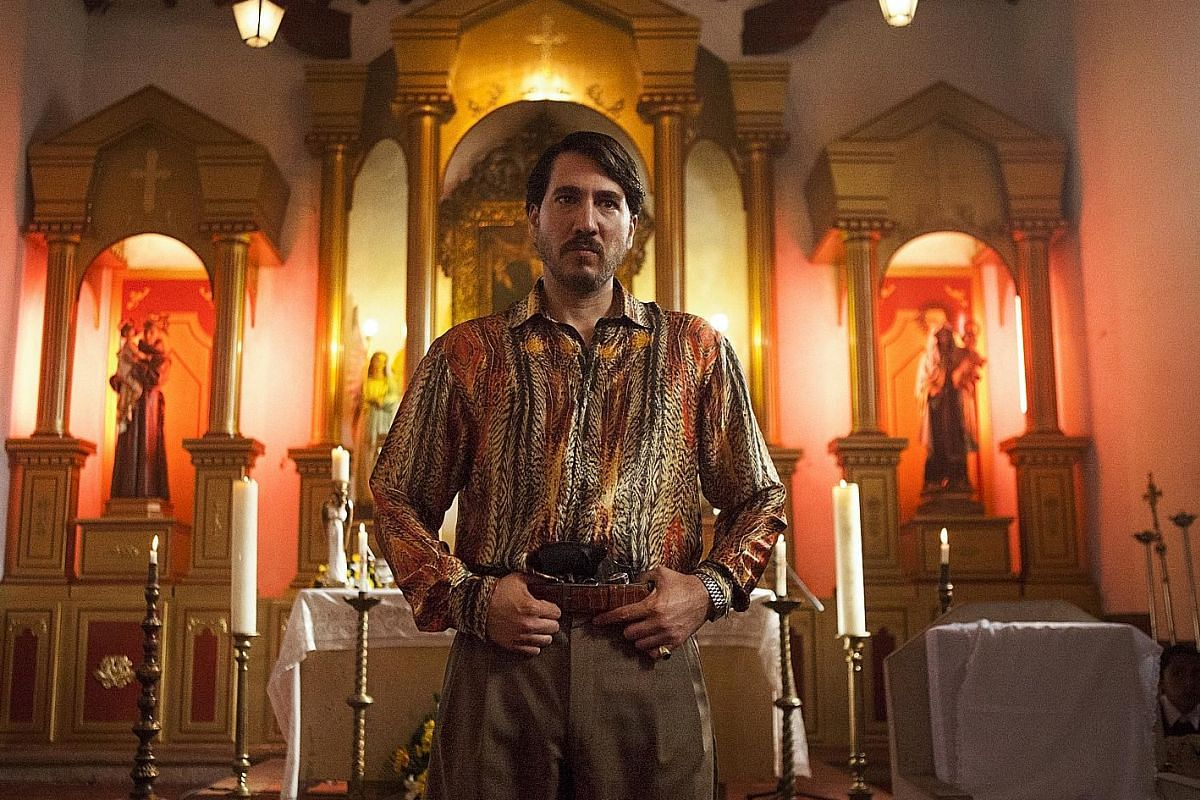 Actor Alberto Ammann plays a Colombian drug lord and high-ranking member of the Cali cartel in Narcos' Season 3.