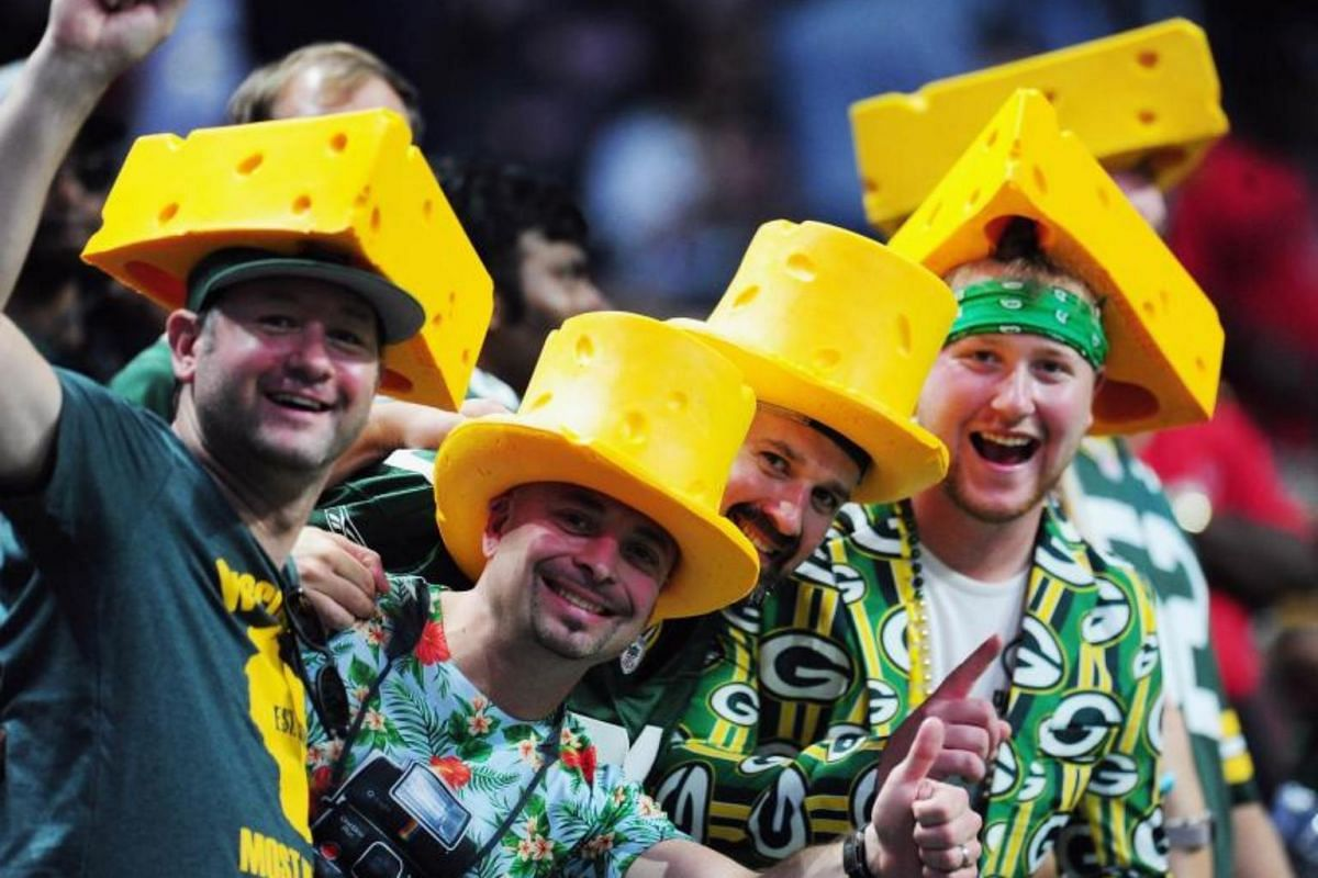 Green Bay Packers fans pose prior to the game between the Green Bay Packers and the Atlanta Falcons at Mercedes-Benz Stadium on Sept 17, 2017 in Atlanta, Georgia.