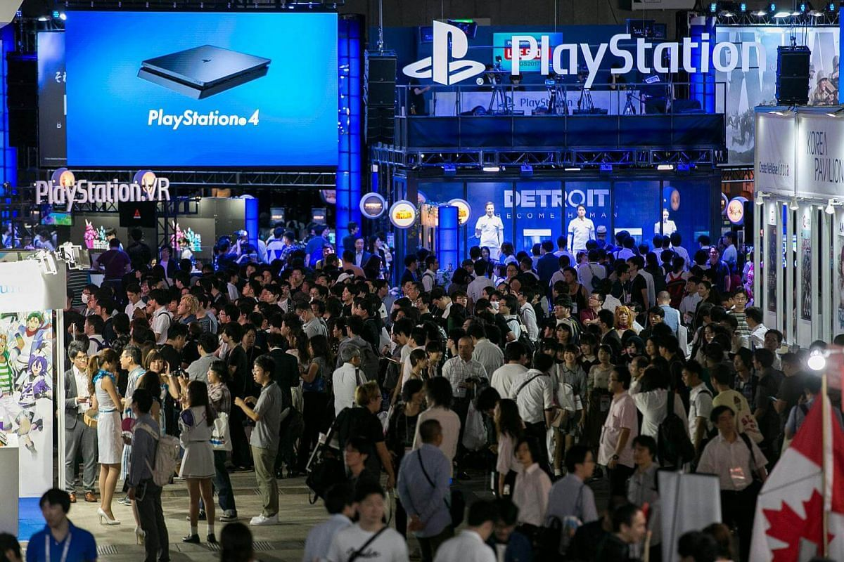 A general view of visitors attending the Tokyo Game Show 2017 at Makuhari Messe in Chiba, Tokyo, on Sept 21, 2017.