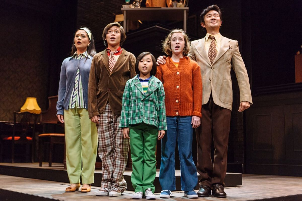 (From left) Monique Wilson, Bjorn Haakenson, Aria Zhang, Elly Gaskell and Adrian Pang in Fun Home by Pangdemonium.