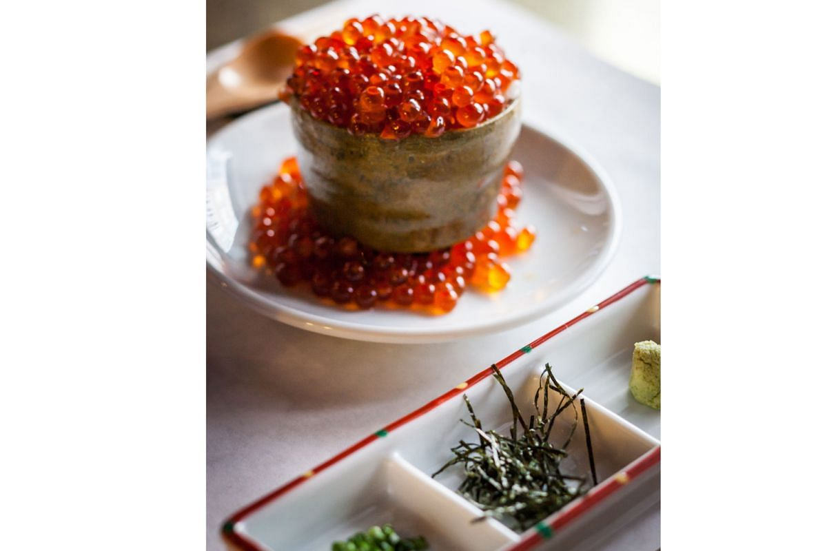 The Kumamoto Hamachi Collar is sweet and firm; and if you opt for the omakase meal, Hokkaido rice nanatsuboshi covered with salmon roe (above) is served at the end.