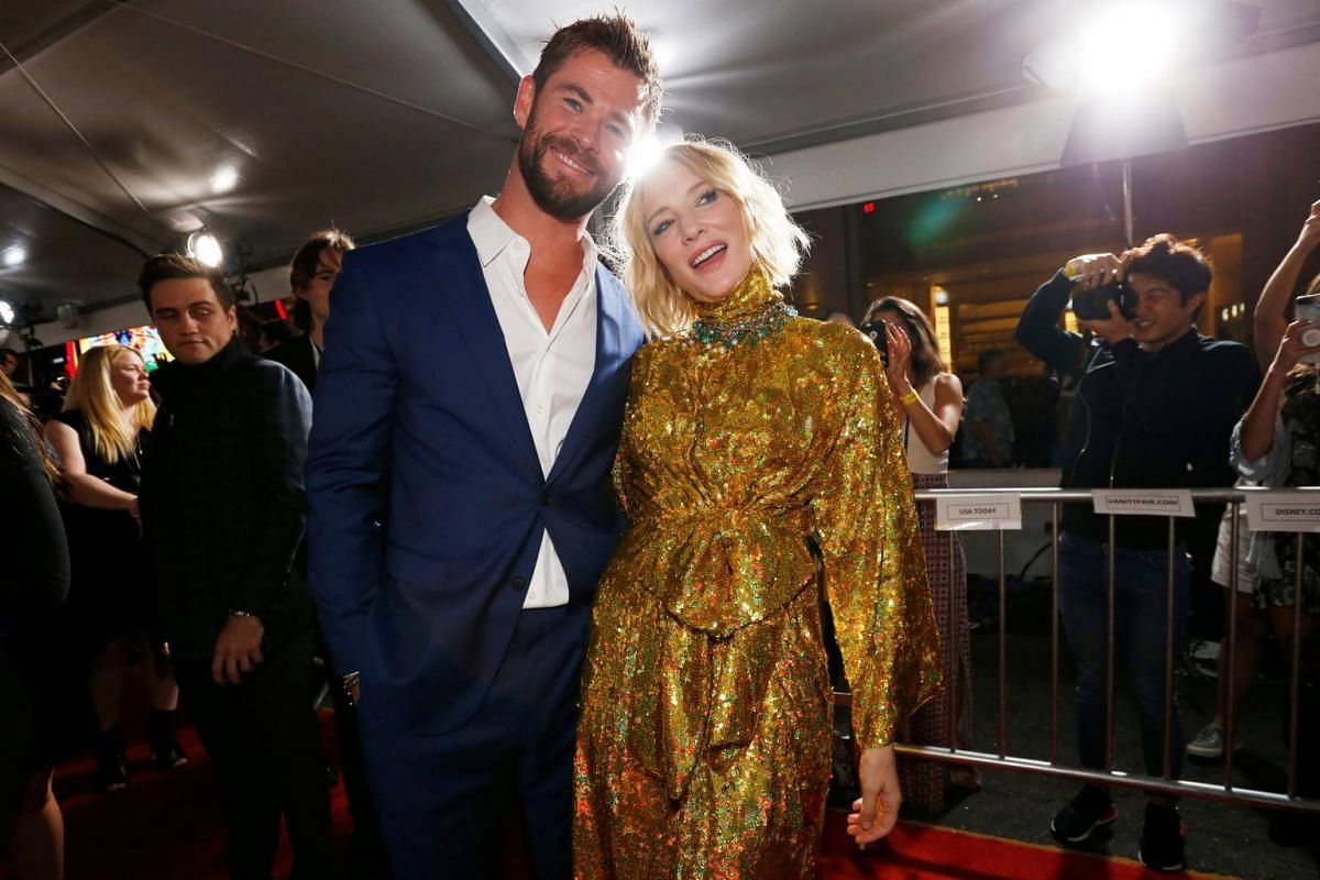 Stars Chris Hemsworth and Cate Blanchett pose for the cameras at the world premiere of Thor: Ragnarok.