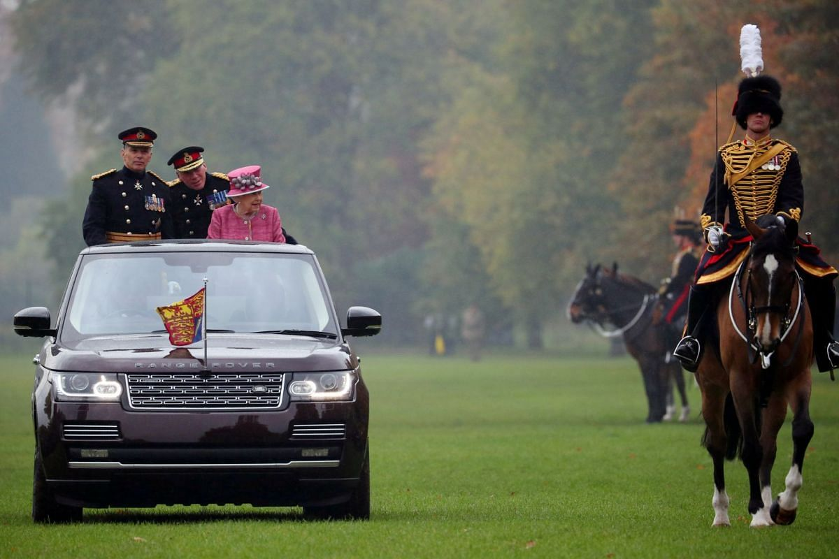 Britain's Queen Elizabeth II inspects The King's Troop Royal Horse Artillery during the The King's Troop Royal Horse Artillery 70th parade in Hyde Park in London, Britain, Oct 19, 2017.