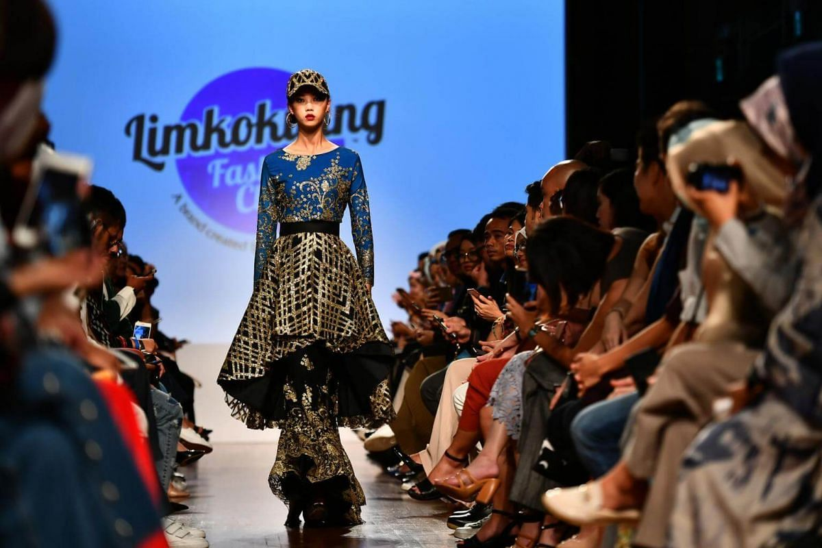 MODESTyle Fashion Showcase 3 featuring Malaysia's Limkokwing Fashion Club, at National Gallery Singapore on Oct 28, 2017.