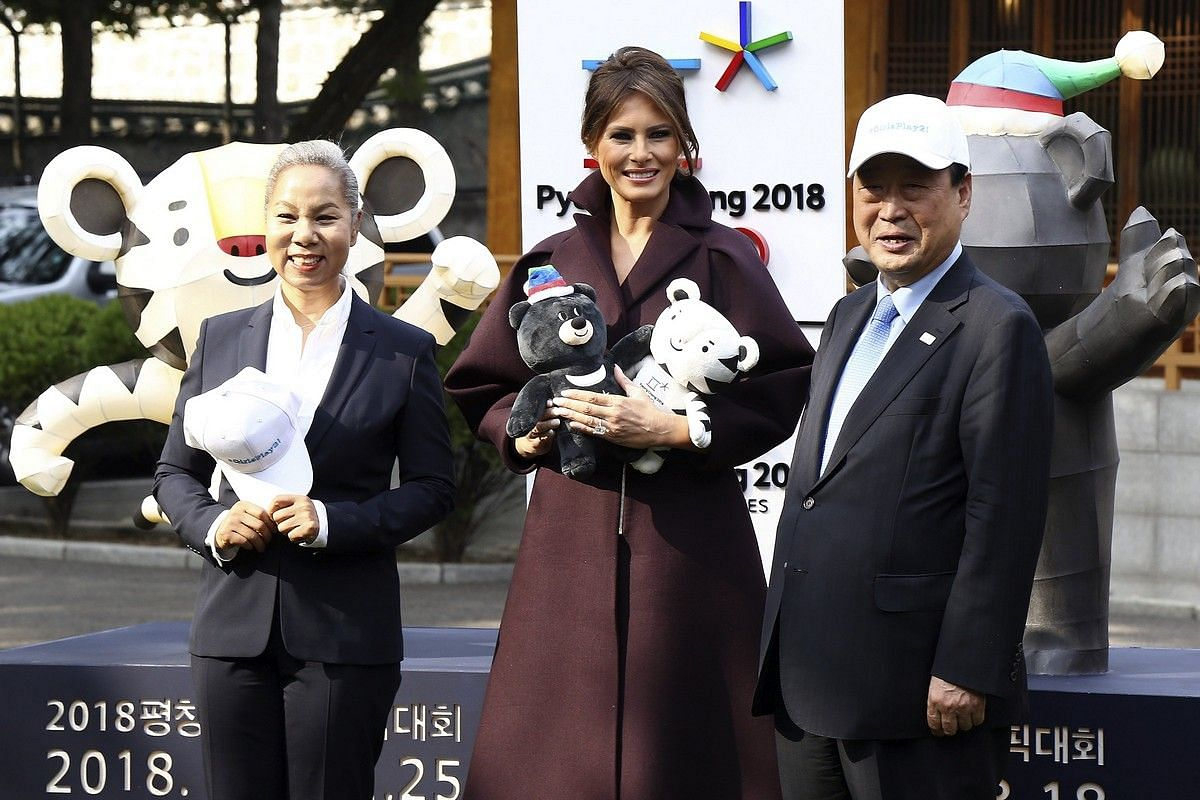 US First Lady Melania Trump poses with the Pyeongchang Olympics mascots at an event at the US embassy in Seoul on Nov 7, 2017.