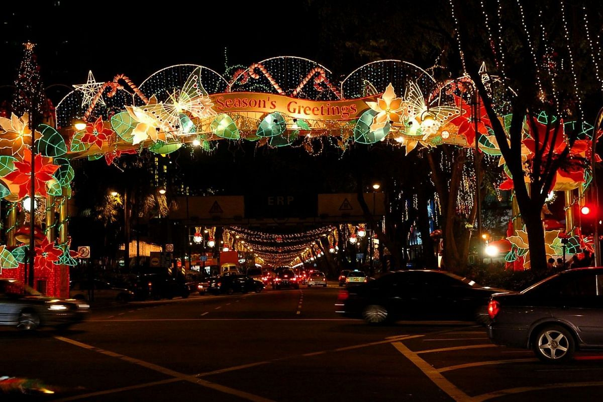 2004: Singaporeans took the opportunity to get a closer look at the Christmas light-up along Orchard Road as some of the grandest and most elaborate decorations in the event's history were put up that year.