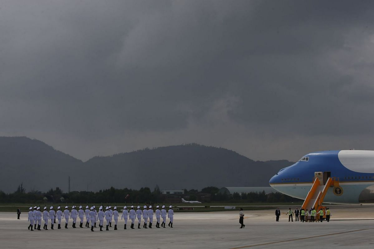 Vietnamese honor guards march towards Air Force One to welcome US President Donald J. Trump at Da Nang International Airport ahead of his arrival for the 25th Asia-Pacific Economic Cooperation summit (APEC) in Da Nang, Vietnam, 10 November 2017.