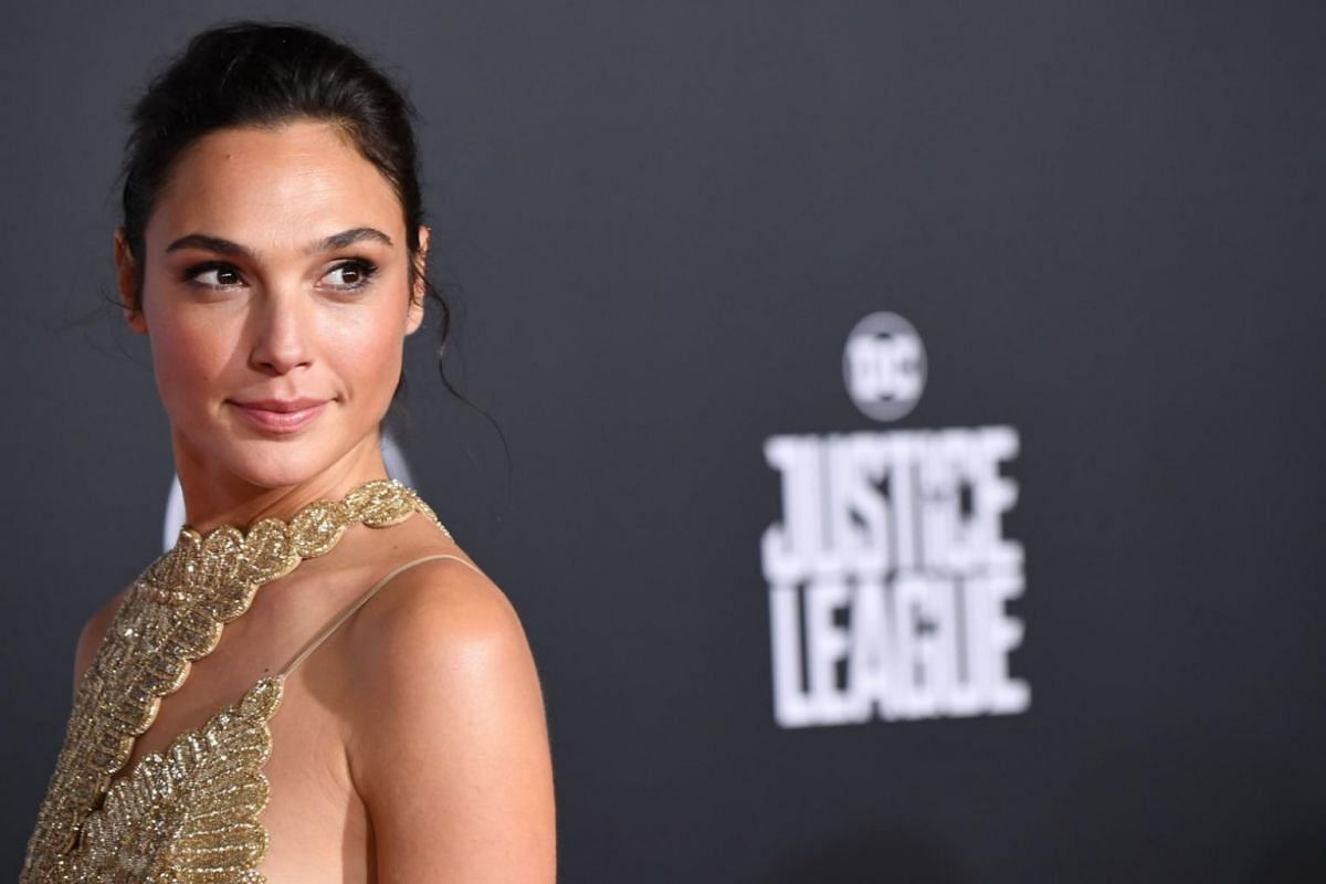 Actress Gal Gadot, who stars as Wonder Woman, arrives for the world premiere of Justice League on Nov 13, 2017.