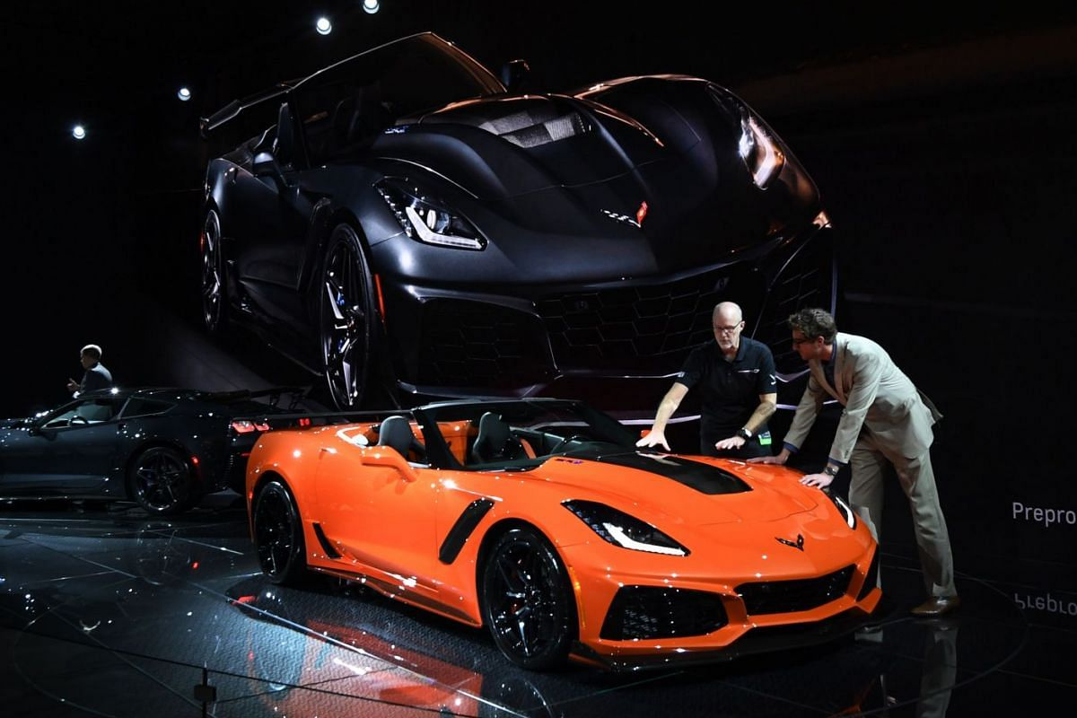 A visitor taking a look at the new Chevrolet Corvette ZR1 at the LA Auto Show in Los Angeles on Nov 29, 2017.