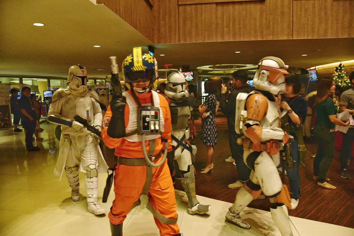 Members of the 501st Legion were spotted at the movie premiere.