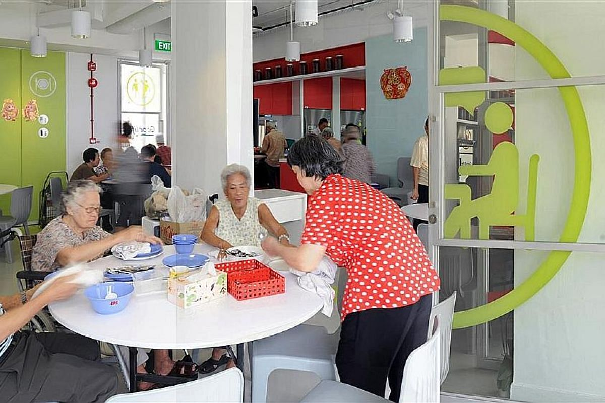 GoodLife! Makan, an open-concept kitchen in Marine Terrace repurposed from a void deck, reaches out to seniors who live alone by encouraging them to share recipes, cook and eat together. The year-long Project Bus Stop at Jurong East Central had featu