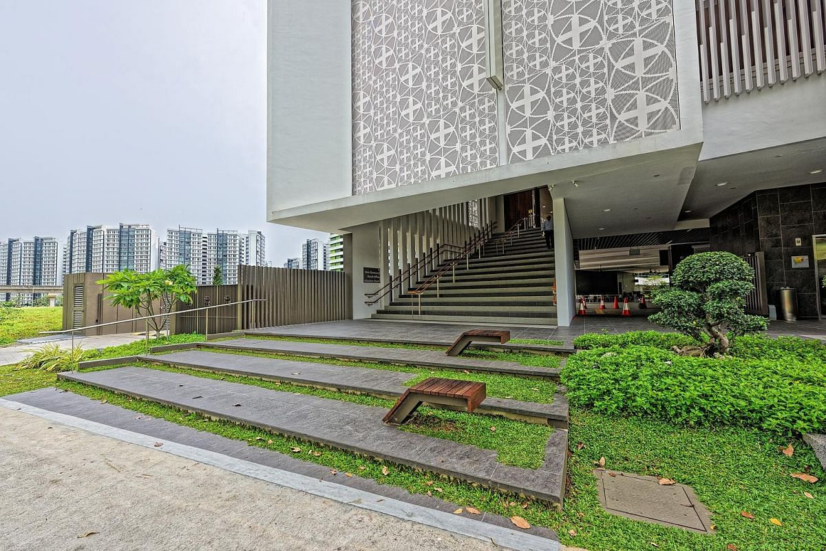 The Church of the Transfiguration in Punggol has its main sanctuary raised a floor up to free up the ground plane, which creates a naturally ventilated and sheltered community space for gatherings and activities. The ITE campus in Ang Mo Kio has a 30