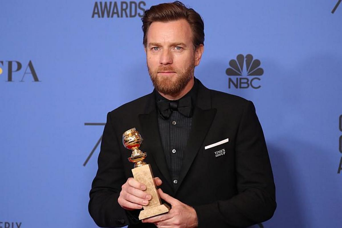 Ewan McGregor poses with the award for Best Performance by an Actor in a Supporting Role in a Limited Series or Motion Picture made for Television for Fargo.