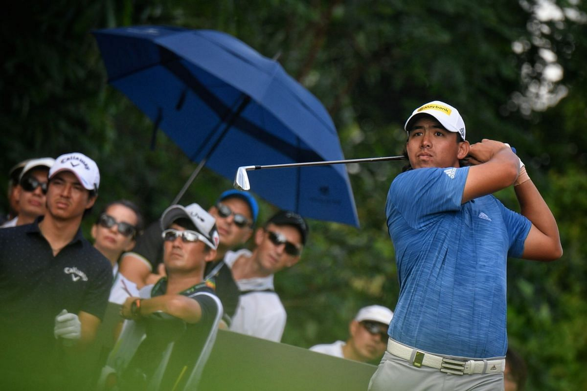 Gavin Green of Malaysia teeing off during the first day of the SMBC Singapore Open held at Sentosa Golf Club's Serapong Course on  Jan 18.