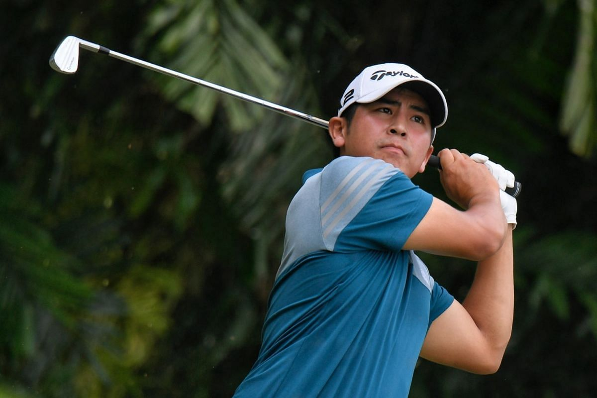 Kurt Kitayama teeing off during the first day of the SMBC Singapore Open.