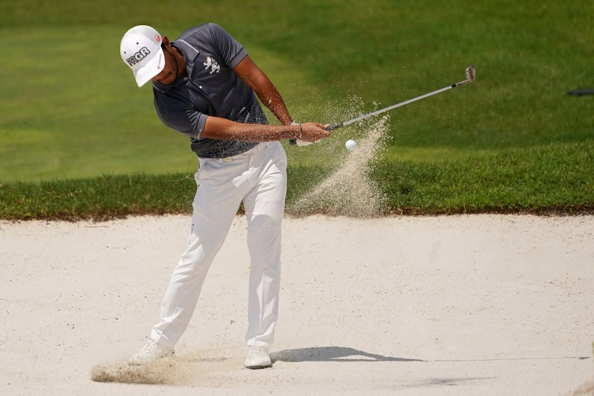 Louis Oosthuizen of South Africa at Hole 9 during the second day of the SMBC Singapore Open.