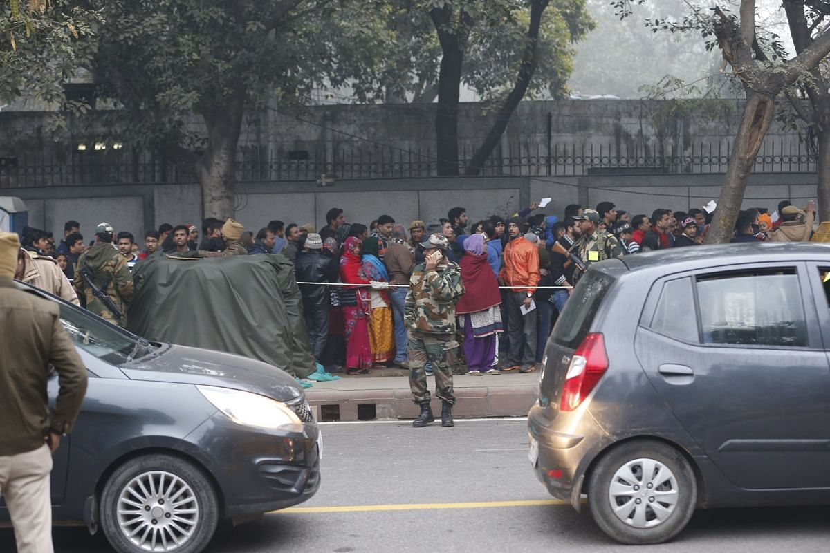 Huge crowds lined the streets as early as 6am in the morning despite the fog to get seats at the parade.
