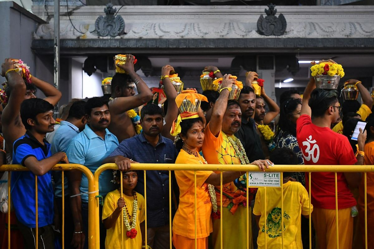 Paalkudam devotees preparing to leave Sri Srinivasa Perumal Temple.