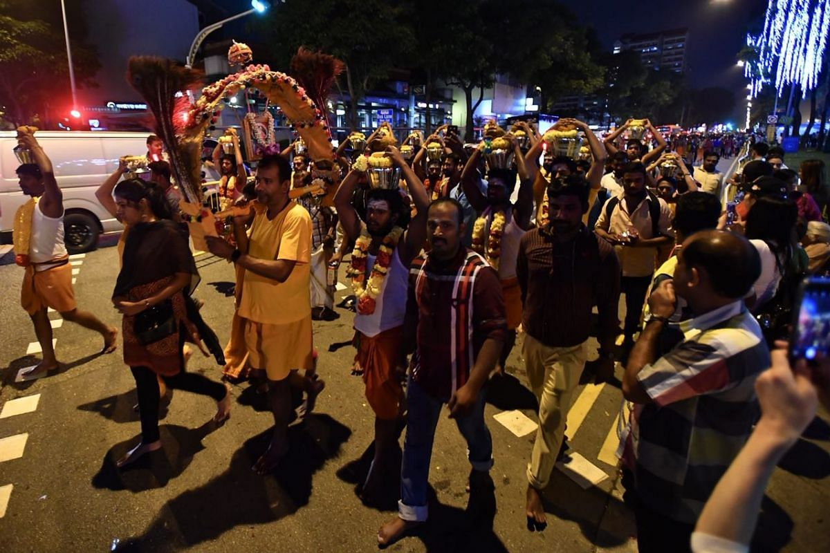 Devotees along Serangoon Road making their way to Sri Thendayuthapani Temple in Tank Road.