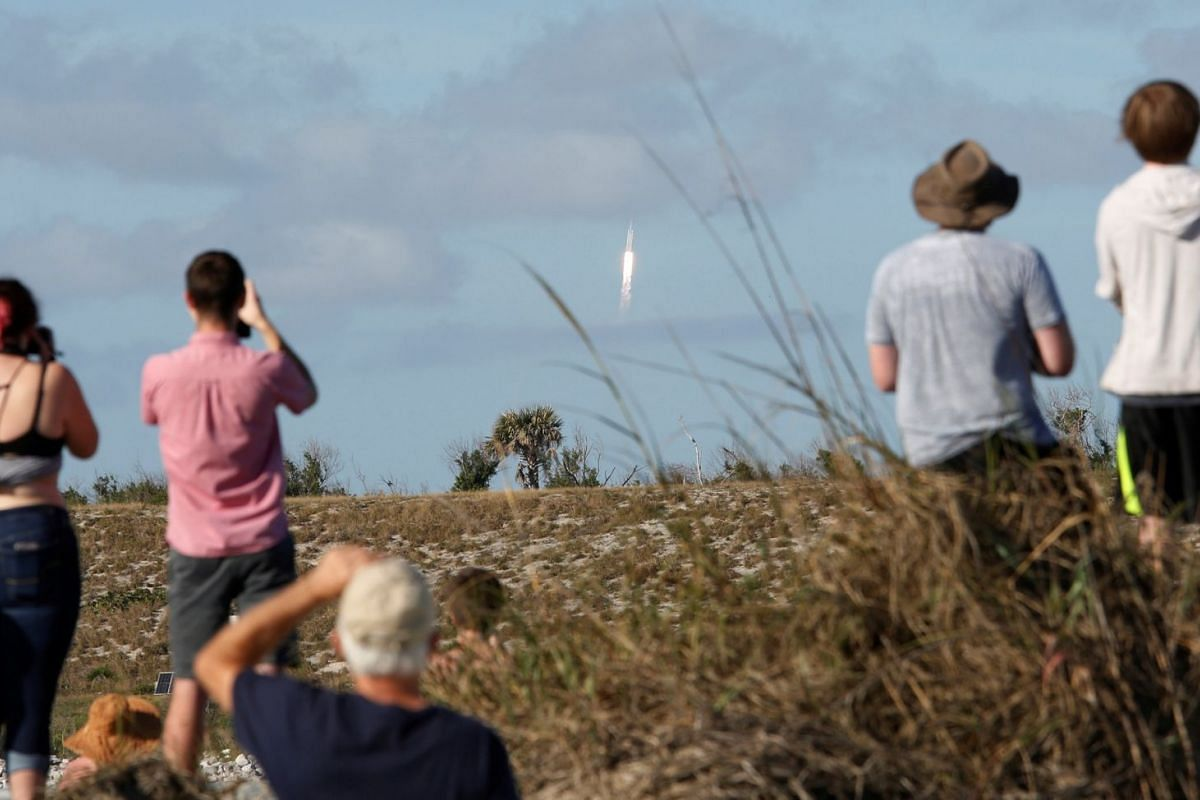 In Pictures: SpaceX's Falcon Heavy rocket heads for Mars