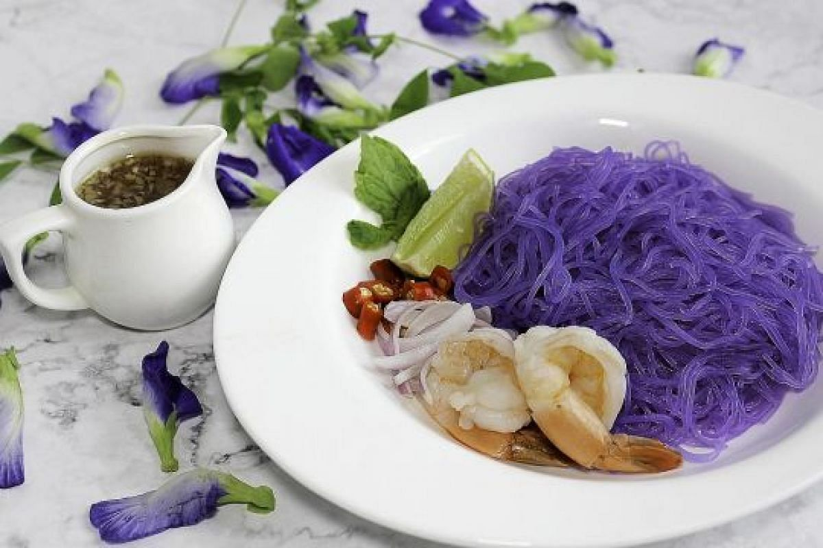 BUTTERFLY PEA GLASS NOODLE SALAD