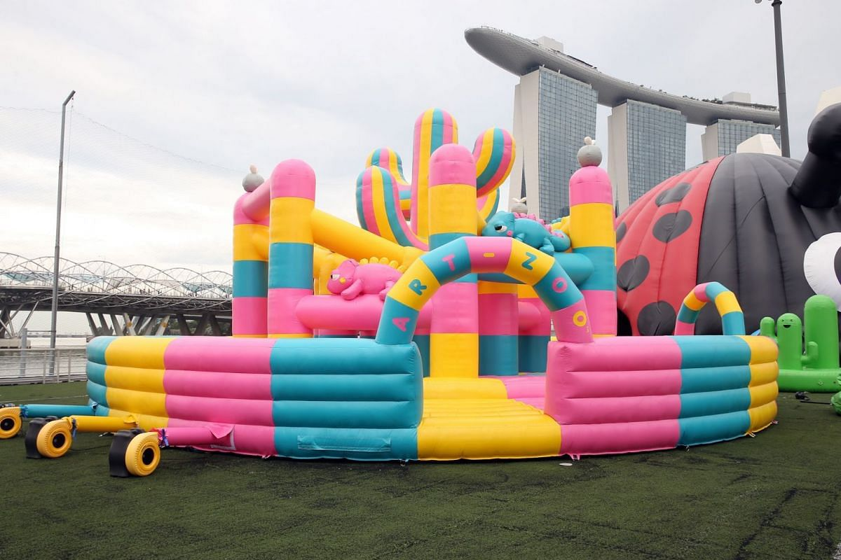 Art-Zoo Inflatable Park.