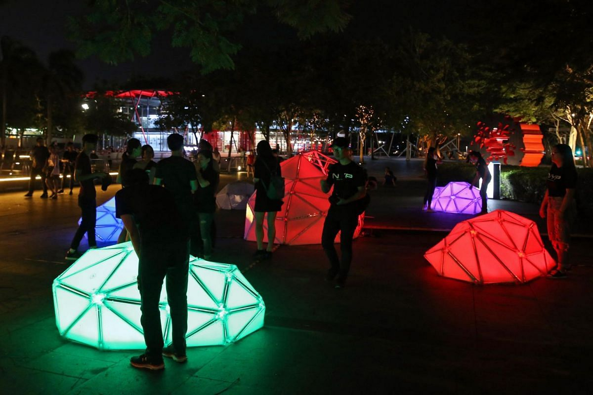 Kloud, an interactive installation created by students from Nanyang Polytechnic, uses colours to illustrate people's changing emotions.
