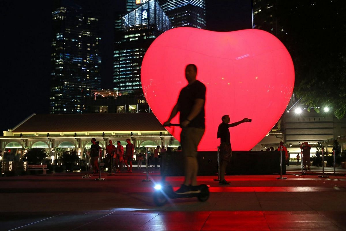 With Love, an installation featuring an inflatable heart, pulses depending on the time of the day and the number of people around it.