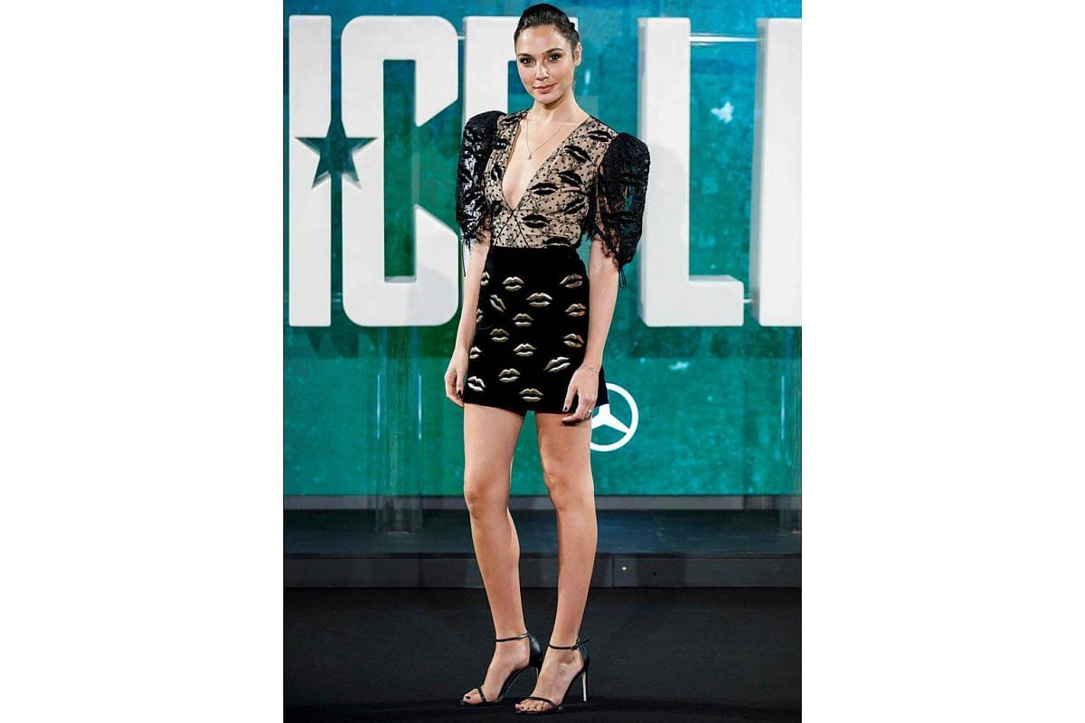 Gal Gadot in a Givenchy SS18 total look, designed by Clare Waight Keller, at the Justice League Premiere.