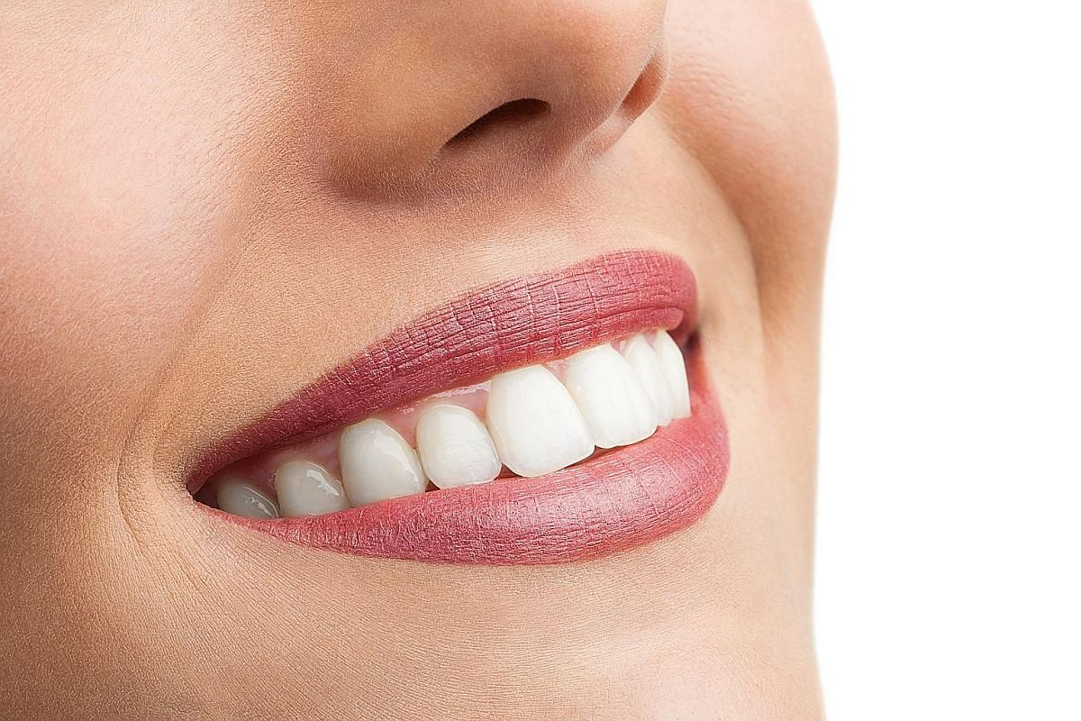 Carbamide peroxide and hydrogen peroxide are the whitening agents used in teeth-whitening procedures and products.