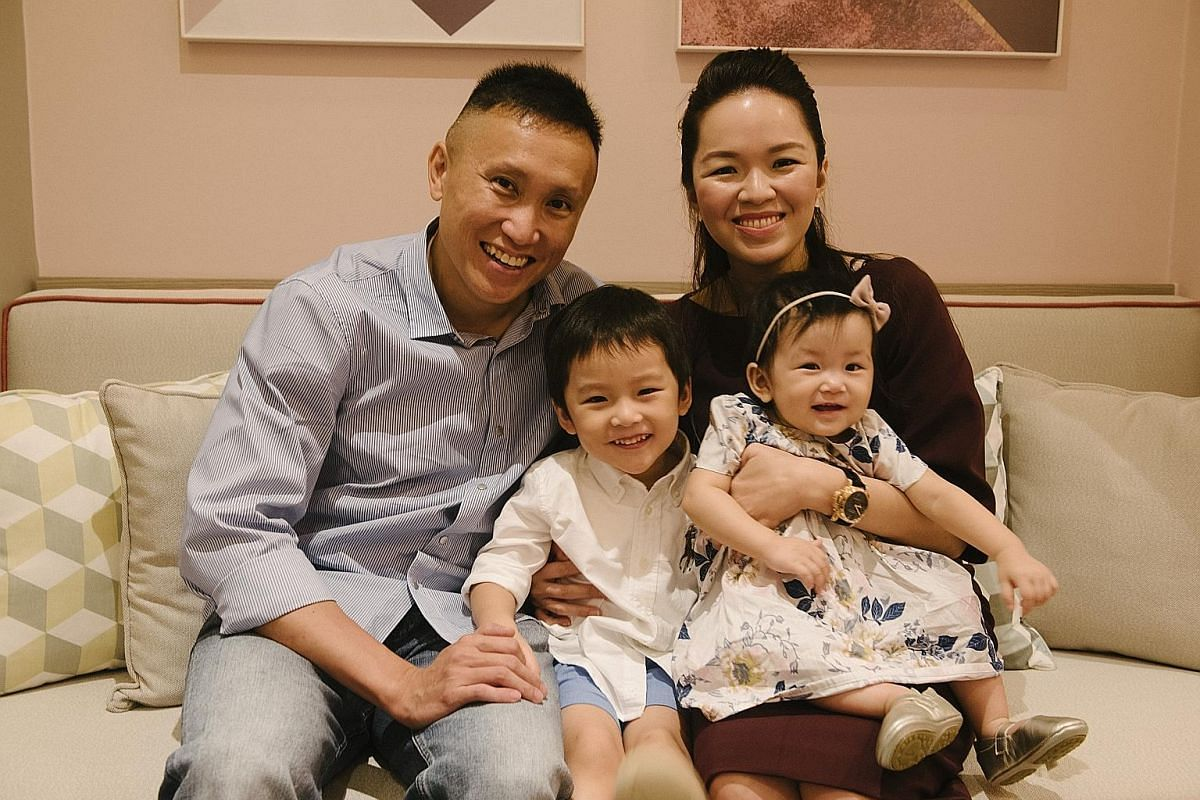 (Left) As an aesthetic consultant, Dr Michelle Lim (with her husband Chua Jin Kiat and children Gerrard and Giselle), wanted to look her best at work. (Right) Digital influencer Flora Lim (with her son, Nathaniel Go, aged six months here) wore shapew