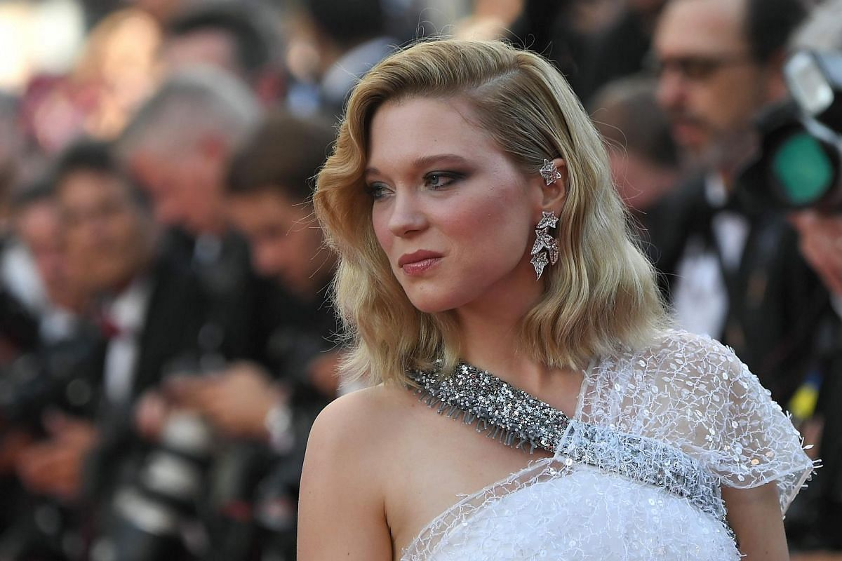 French actress and member of the feature film jury Lea Seydoux poses as she arrives on May 8, 2018 for the screening of the film Todos Lo Saben (Everybody Knows) and the opening ceremony of the 71st edition of the Cannes Film Festival in Cannes, sout
