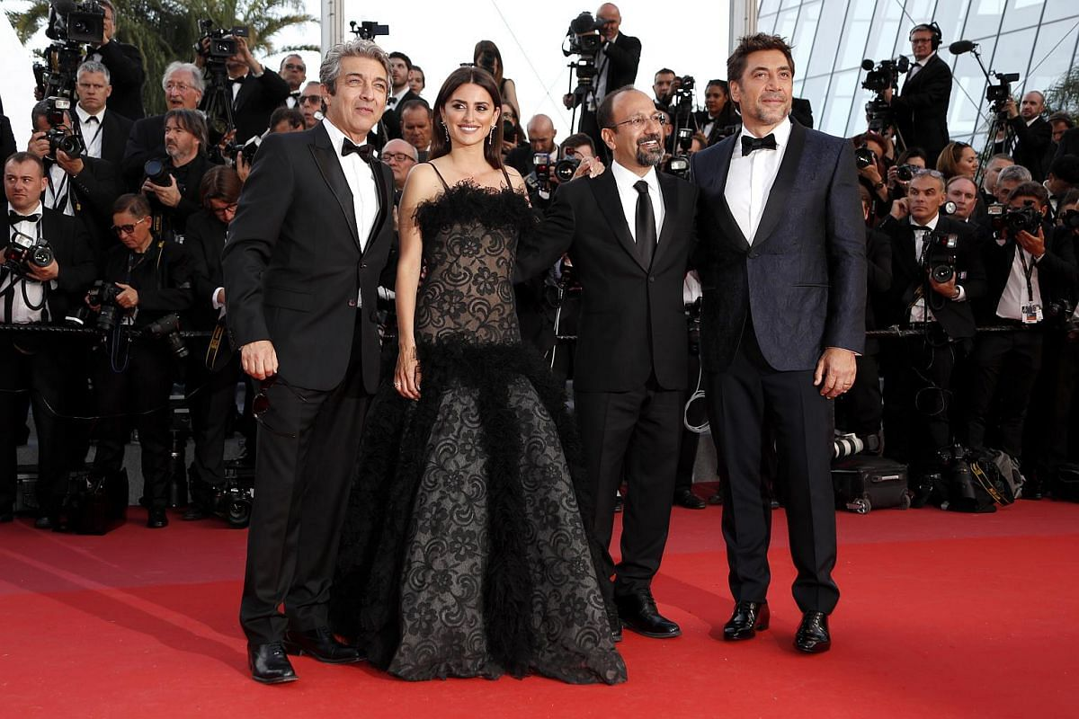 (Left to right) Ricardo Darin, Penelope Cruz, Asghar Farhadi and Javier Bardem arrive for the screening of Everybody Knows (Todos Lo Saben) and the opening ceremony of the 71st annual Cannes Film Festival in Cannes, France, on May 8, 2018.