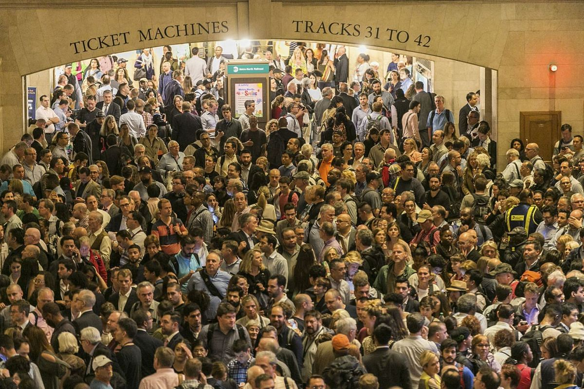 Commuters inside Grand Central Terminal in New York, May 15, 2018. Hundreds of commuters found themselves stranded amid a chaotic scene at Grand Central Terminal in Manhattan on Tuesday afternoon as a storm snarled train service across the region. PH