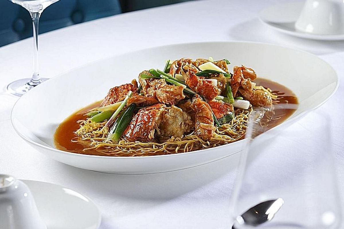 The Lobster Cantonese, Ginger, Spring Onion, Wonton Noodle (above) has delicious flavours of lobster shells and oyster sauce which does not mask the sweetness of the lobster meat. The Crispy Duck (below) is shredded at the table and served with crepe