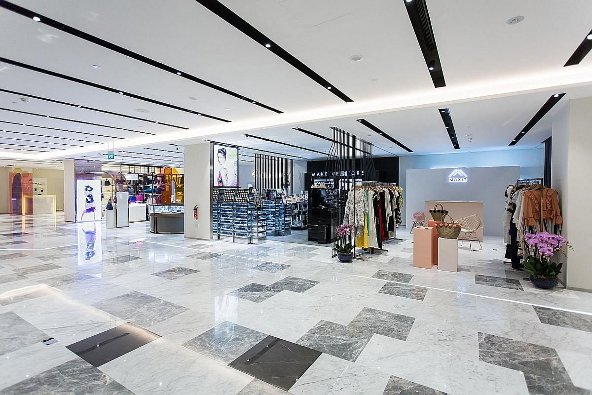 There are a number of upmarket malls in Orchard Road to spend big bucks at, such as Paragon (290 Orchard Road, above) and Ion Orchard (2 Orchard Turn), both of which house major international fashion labels.