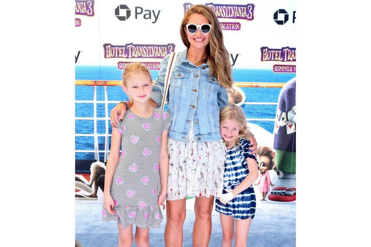 Rebecca Gayheart and daughters Billie Dane and Georgia Dane attend the world premiere of Hotel Transylvania 3: Summer Vacation on June 30, 2018.