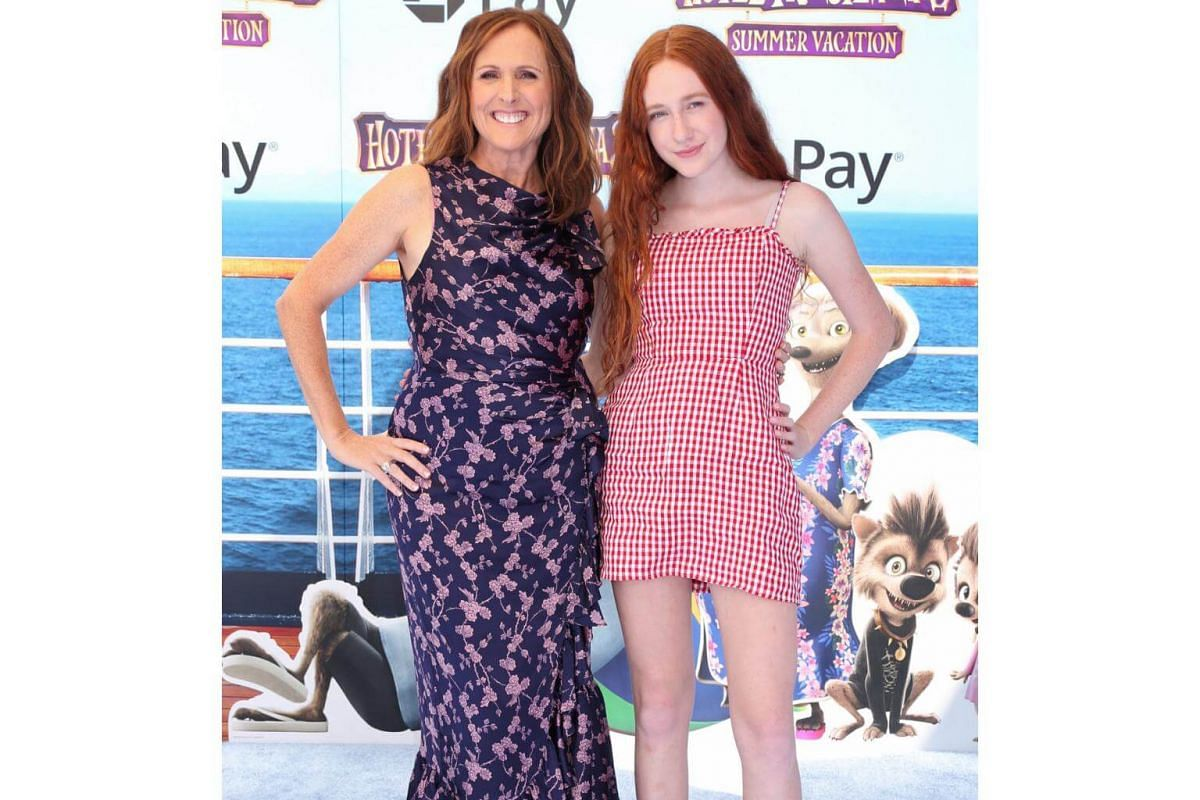 Molly Shannon and daughter Stella Chesnut attend the world premiere of Hotel Transylvania 3: Summer Vacation on June 30, 2018.