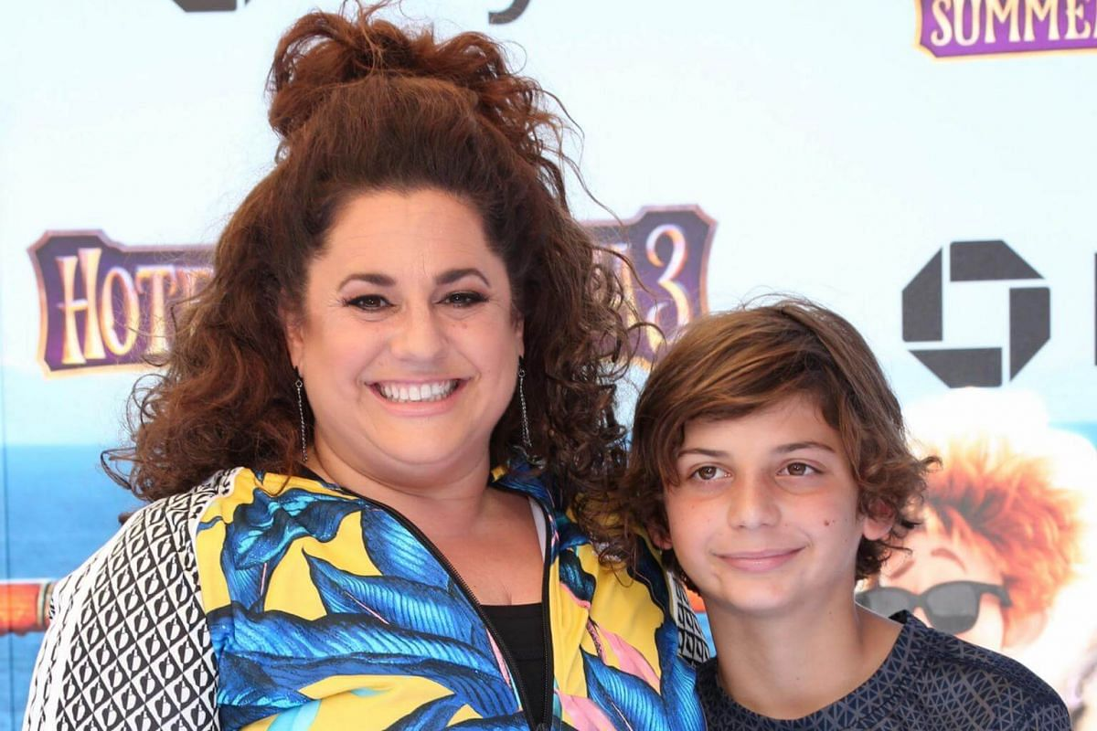 Marissa Jaret Winokur and son Zev attend the world premiere of Hotel Transylvania 3: Summer Vacation on June 30, 2018.