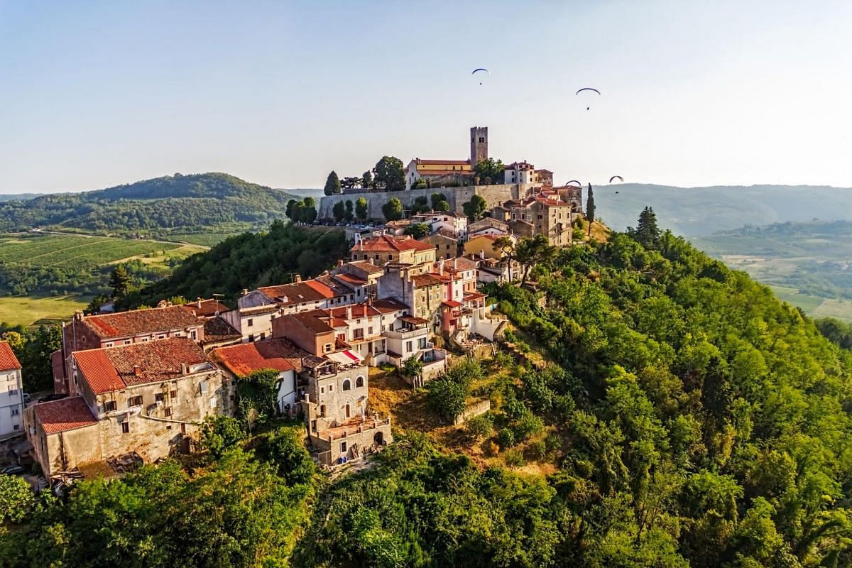 Foodies should also go on truffle hunting tours in Istria, which take place in the steep Motovun forests.