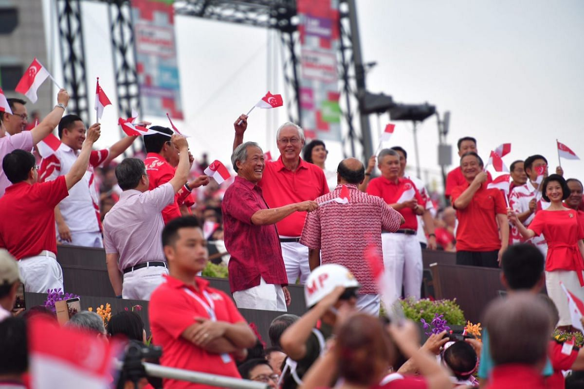 Cabinet members and MPs arrive at the National Day Parade on Aug 9, 2018.