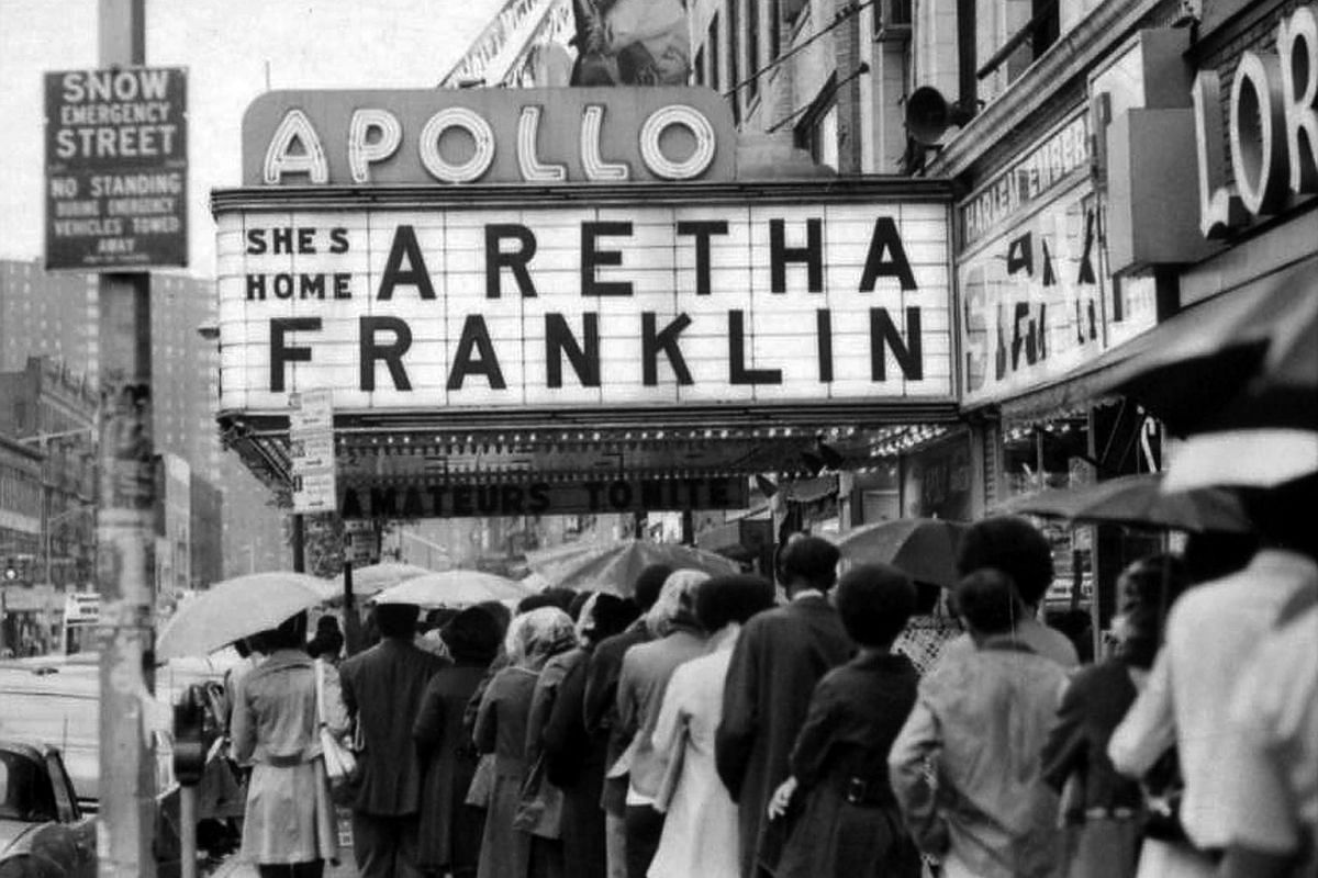 Fans line up for a concert by Aretha Franklin at the Apollo Theater in New York, on June 3, 1971.