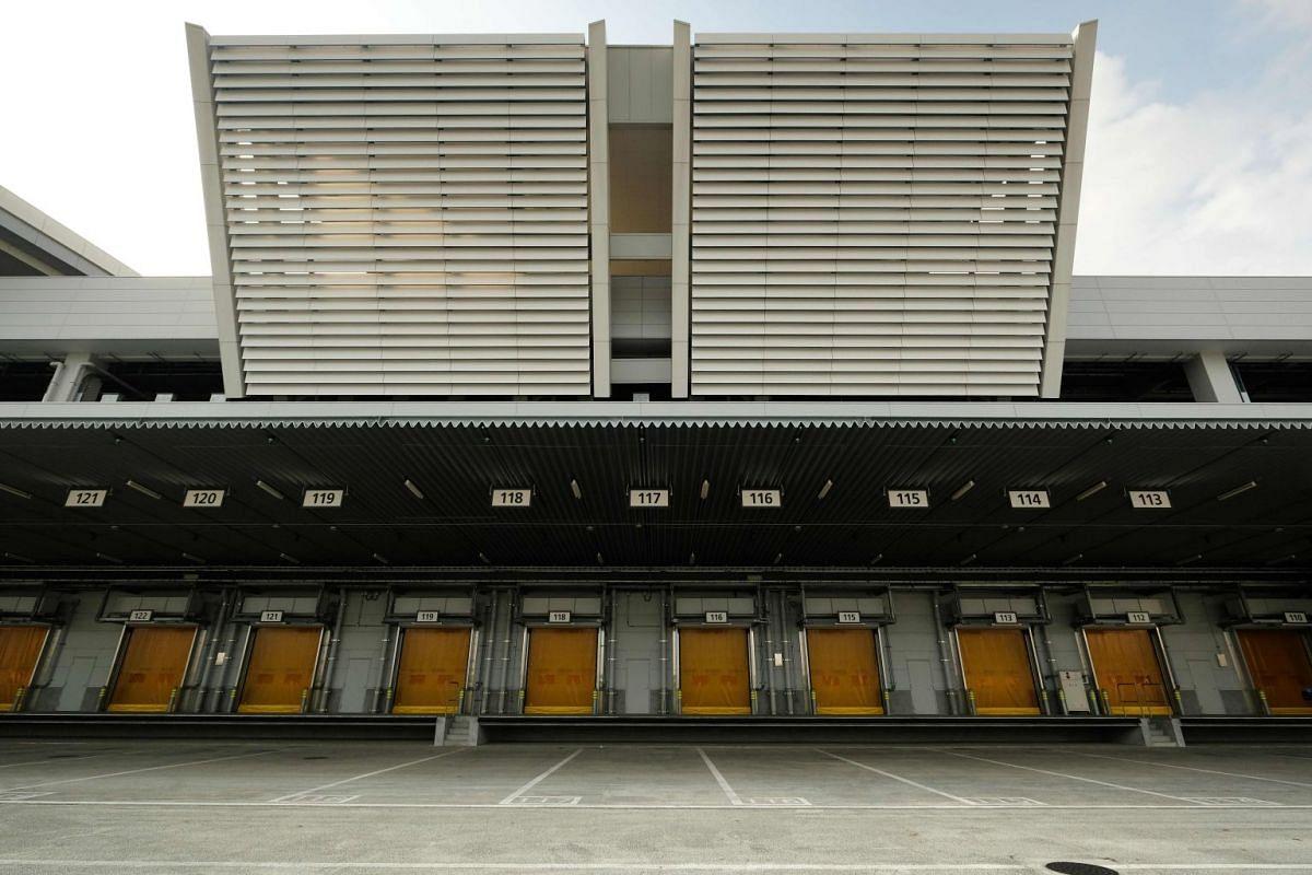 Gates for transport trucks at the new Toyosu market.