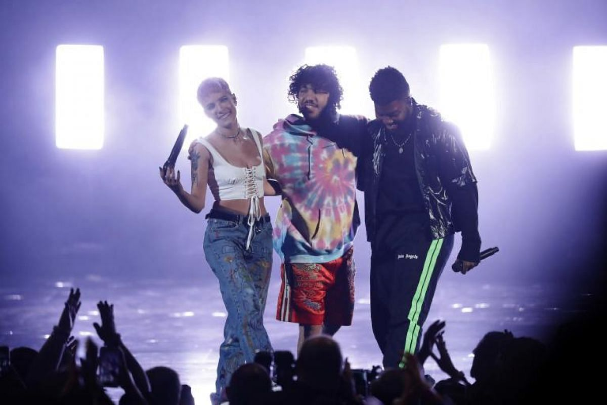 """Halsey, Benny Blanco and Khalid perform """"Eastside"""" at the show in Los Angeles, California, US, on Oct 9, 2018."""