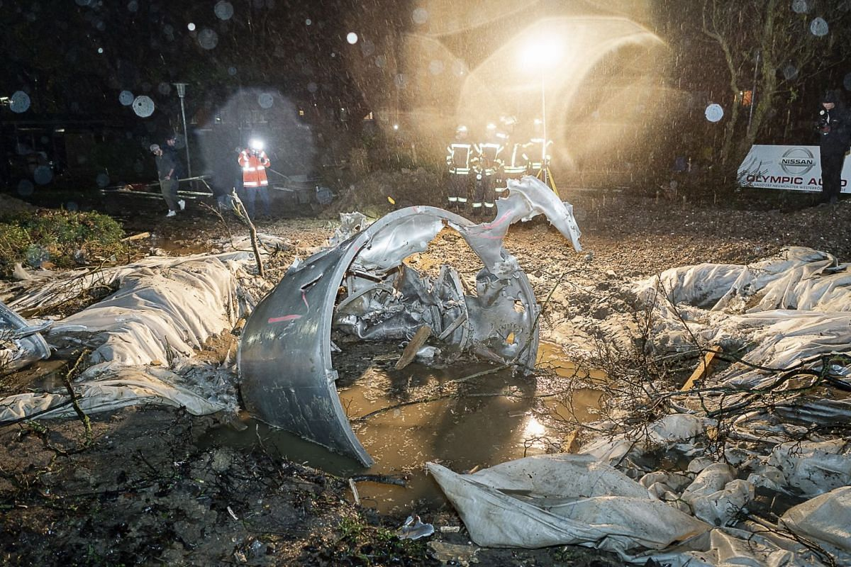 The explosion crater after the defusion of a bomb from World War II in Kiel, Germany  December 6, 2018. Ammunition experts had found a British aerial bomb from the Second World War in Kiel. PHOTO: EPA-EFE