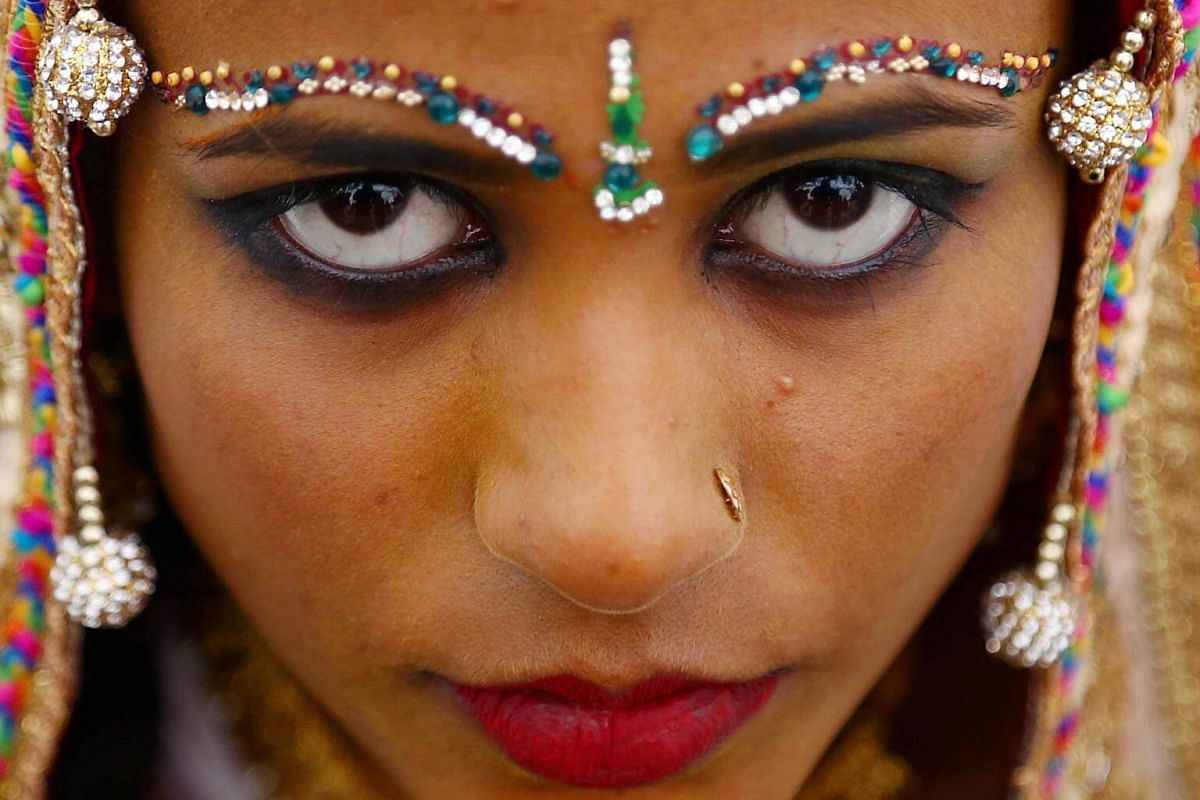 A Hindu minority bride attends a mass wedding ceremony in Karachi, Pakistan, on Jan 6, 2019.