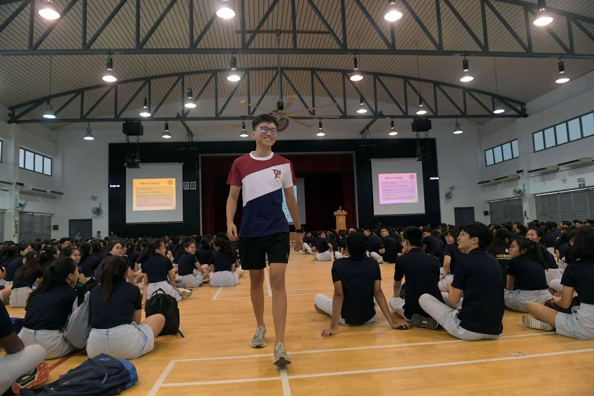 Jonathan Teo, 17, modelling the new Tampines Meridian Junior College (TMJC) physical education kit on January 7, 2019, during the first day of school at the recently merged junior college. PHOTO: THE STRAITS TIMES/ALPHONSUS CHERN