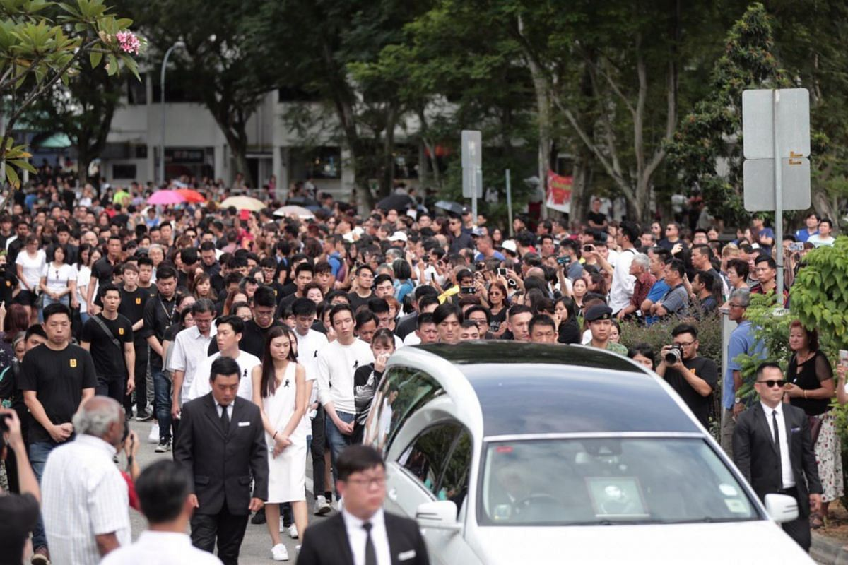 The cortege of actor Aloysius Pang departing for Mandai Crematorium, on Jan 27, 2019.